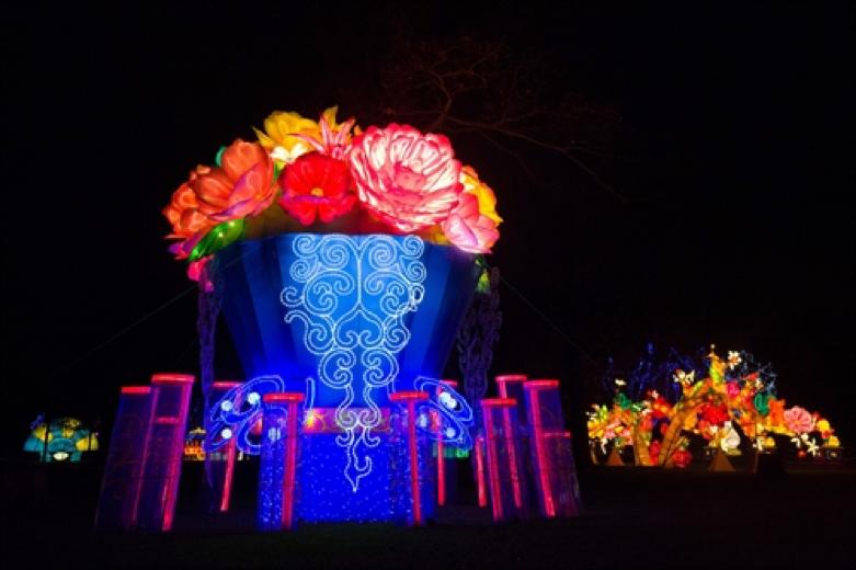 Lễ hội đèn lồng diễn ra tại khu vườn Chiswick House, nằm tại phía tây thủ đô London của Anh Quốc.