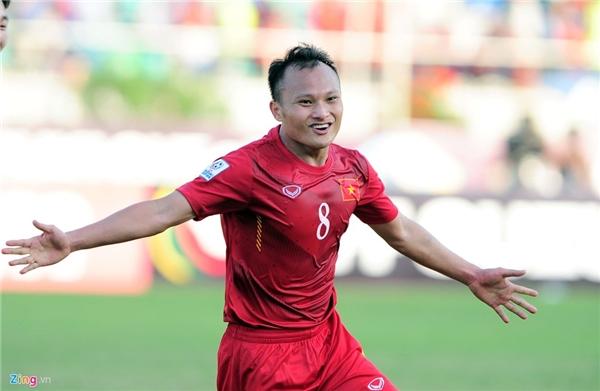 Trọng Hoàng vui mừng khi sút tung lưới Malaysia vào phút thứ 80 của trận đấu. (Ảnh: Zing)