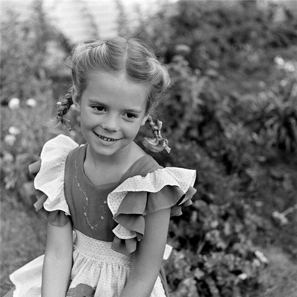 Natalie Wood nổi tiếng từ khi còn rất nhỏ, mới 4 tuổi đã đi đóng phim.