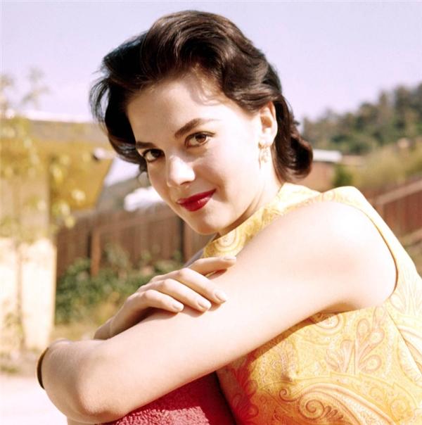 Bà nhanh chóng tạo dựng được thành công ở Hollywood.