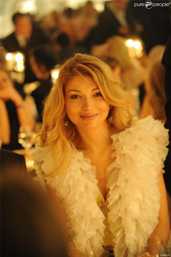 Gulnara Karimova là cô con gái lớn vô cùng xinh đẹp và quyền lực bên cạnh Tổng thống Uzbekistan Islam Karimov.