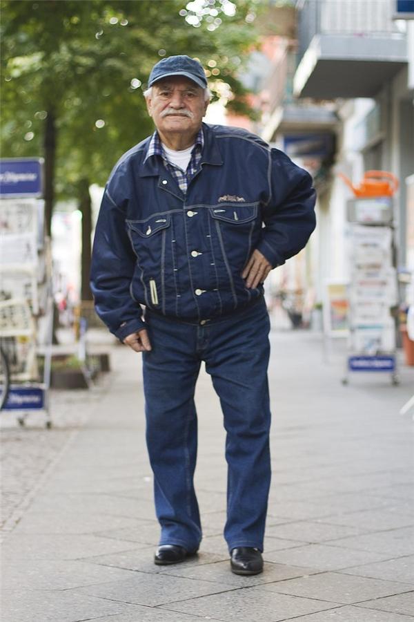 Đây chính là cụ ông 86 tuổi có phong cách