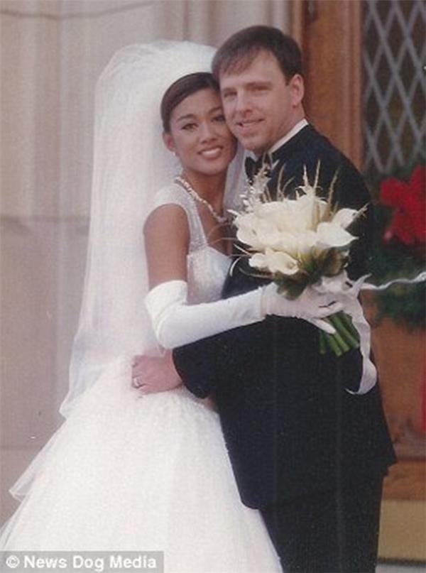 Anna vàPhillipkết hôn năm 1997.