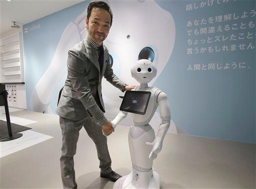 Robot Pepper chỉ nặng 28 kg. (Ảnh: internet)