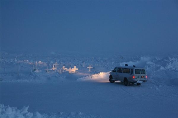 """Barrow là nơi nổi tiếng với """"mùa đông bóng đêm""""."""