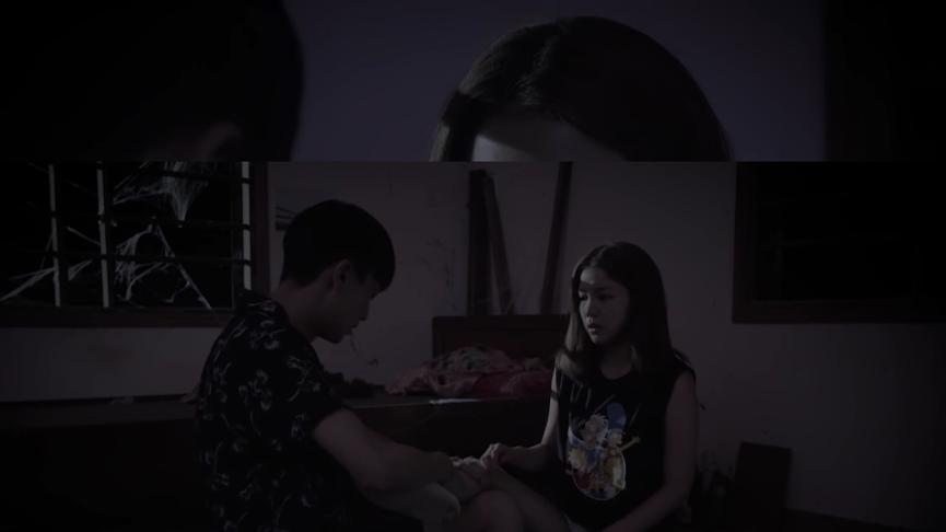Seon Tae ân cần chăm sóc Da Hee.