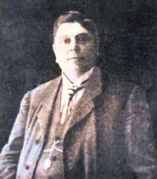 Alessandro Moreschi (1858-1922) làca sĩ Castrato cuối cùng phục vụ cho dàn đồng ca Nhà nguyện Sistine.