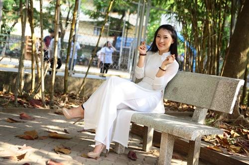 Hot girl xứ Nghệ