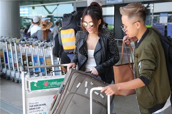 Midu háo hức cùng DJ Trang Moon vi vu sang Hàn dự lễ trao giải quốc tế - Tin sao Viet - Tin tuc sao Viet - Scandal sao Viet - Tin tuc cua Sao - Tin cua Sao