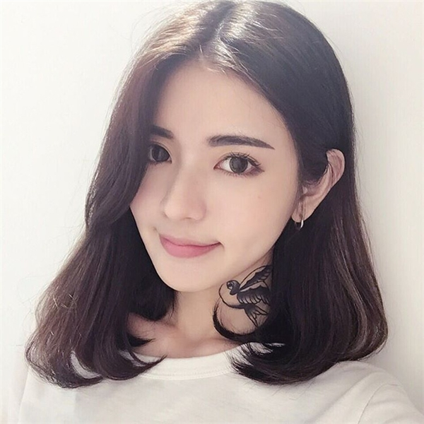 Được biết, cô nàng này có tên Tịnh Nghi, đến từ Cao Hùng, Đài Loan.