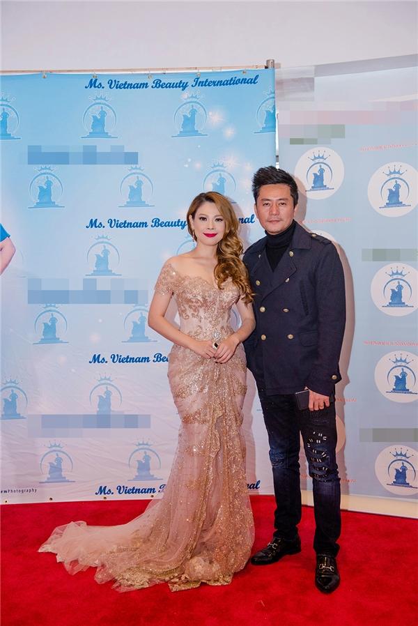 Thanh Thảo lộng lẫy đi chấm thi hoa hậu tại Mỹ - Tin sao Viet - Tin tuc sao Viet - Scandal sao Viet - Tin tuc cua Sao - Tin cua Sao