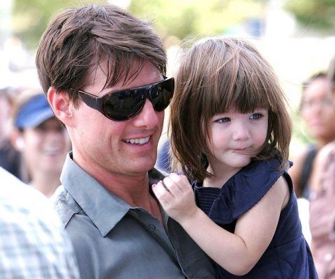 Sau khili hôn, Tom Cruisehầu như không gặp gỡ con gái.