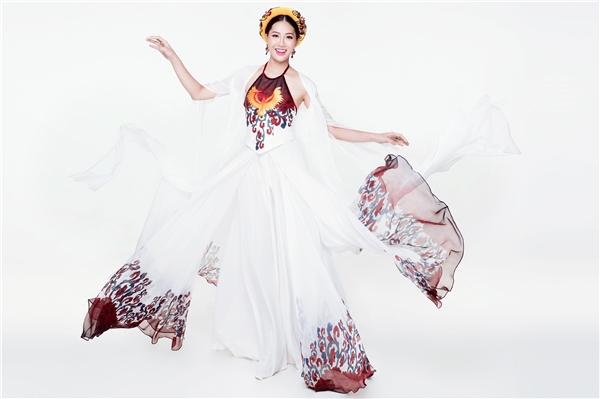 Mê đắm trang phục truyền thống của Diệu Ngọc tại Miss World 2016