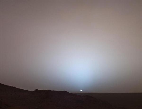#17 Đây là cảnh bình minh khi ngắm từ sao Hỏa.(Ảnh: Life Buzz)