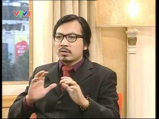 Giáo sư Cù Trọng Xoay vô cùng dí dỏm và duyên dáng.