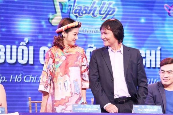 Hoàng Yến Chibi và NSƯT Quang Lý trong gameshow truyền hình đầu tiên mà ông nhận lời tham gia. - Tin sao Viet - Tin tuc sao Viet - Scandal sao Viet - Tin tuc cua Sao - Tin cua Sao
