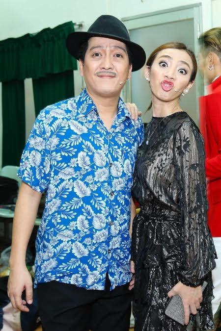 """Là một người bạn thân thiết với Trường Giang nên Thu Trang luôn dành thời gian góp mặt trong các liveshow của """"Mười khó"""". - Tin sao Viet - Tin tuc sao Viet - Scandal sao Viet - Tin tuc cua Sao - Tin cua Sao"""