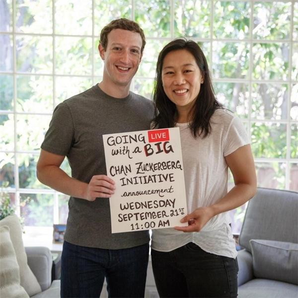 Tổng giá trị tài sản của Mark là hơn 50 tỷ đô la (hơn 1 triệu 134 ngàn tỷ đồng).