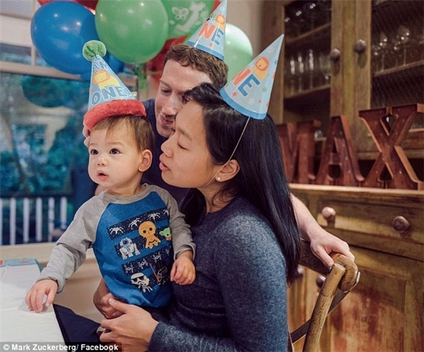 Cả gia đình vừa tổ chức sinh nhật cho bé Max Chan Zuckerberg hôm vừa rồi.