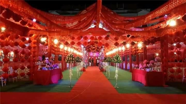 Ngỡ ngàng với đám cưới lung linh hoành tráng như cung đình ở Bắc Kạn