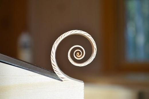 Tác phẩm điêu khắc gỗ cụ thể đến từng chi tiết.