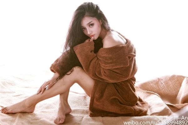 """Xuất hiện """"chị em song sinh"""" của Châu Tấn và Lý Tiểu Lộ"""