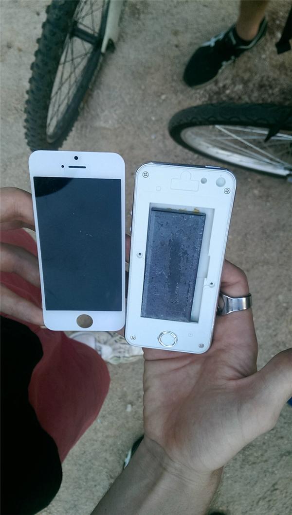 Đây là lý do đừng bao giờ mua iPhone từ một người bán dạo trên đường phố Trung Quốc.
