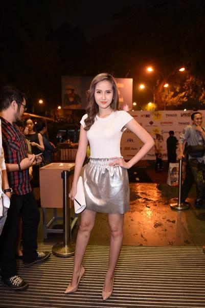 Người mẫu Khánh Ngân – The Face đội Phạm Hương cũng đến tham dự đêm trao giải 7 Film Fest. - Tin sao Viet - Tin tuc sao Viet - Scandal sao Viet - Tin tuc cua Sao - Tin cua Sao