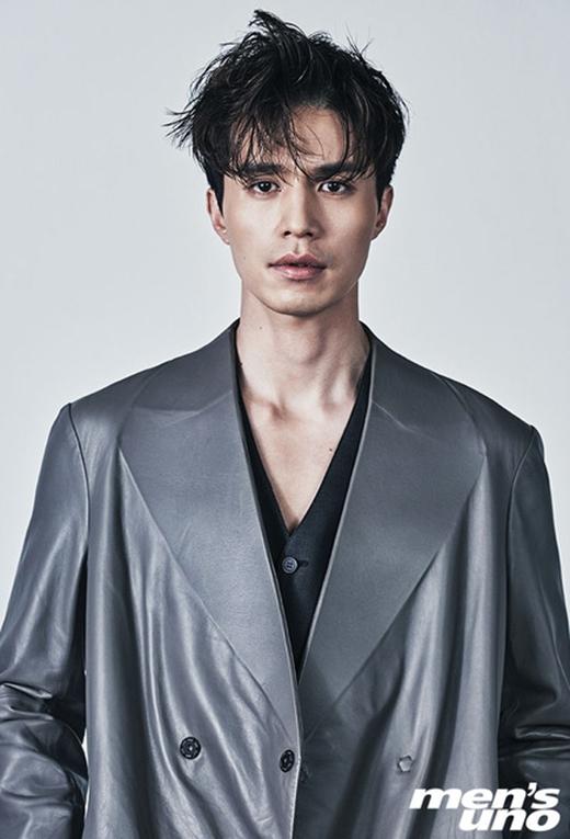 Lee Dong Wook không chỉ là một diễn viên có thực lực mà còn rất chăm chỉ.