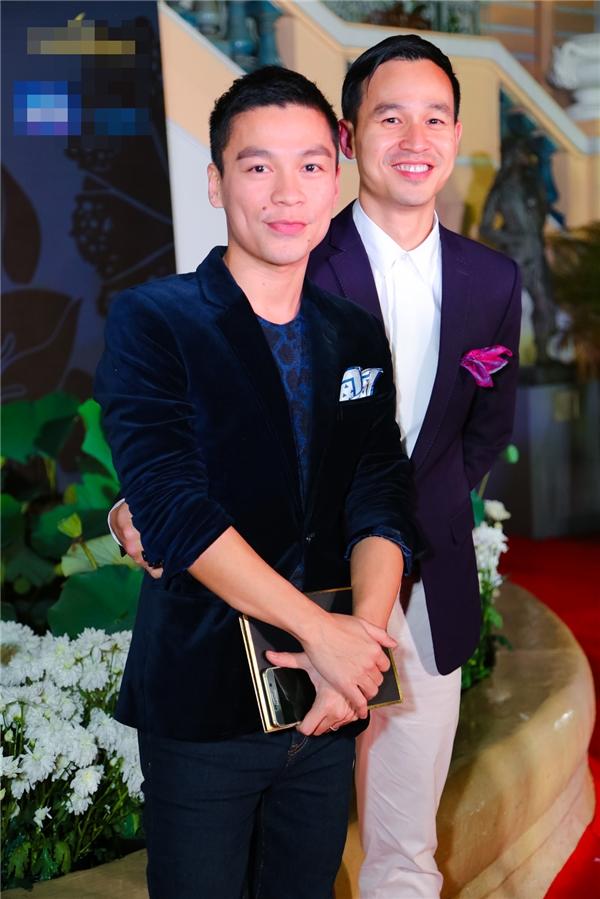 Bộ đôi Adrian Anh Tuấn, Sơn Đoàn