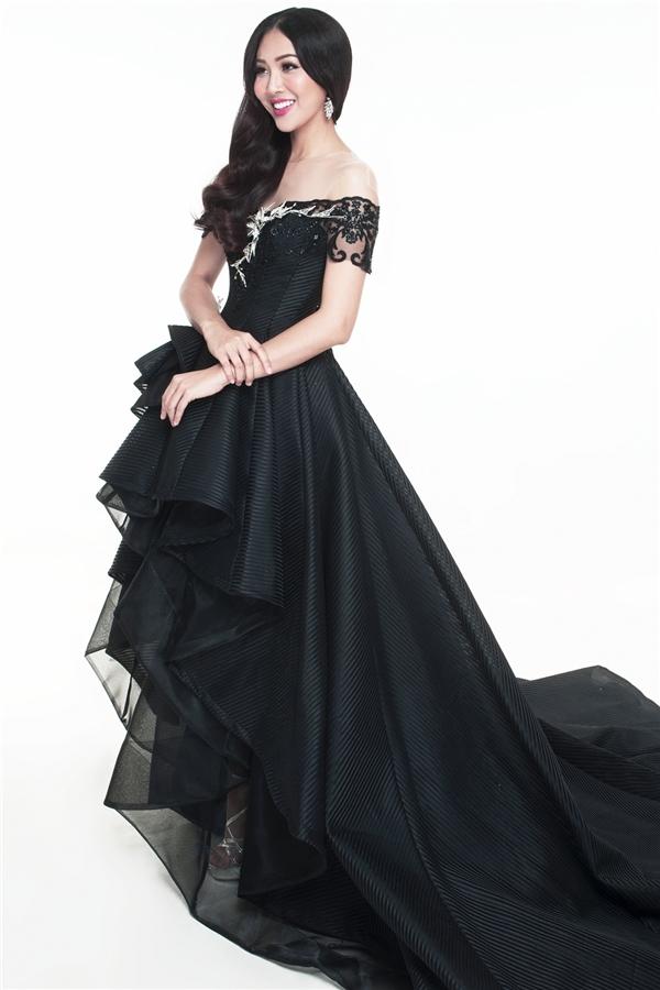 Diệu Ngọc quyến rũ với trang phục dạ hội mang đến Hoa hậu Thế giới