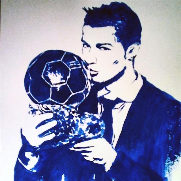 Bức vẽ chân dungCristiano Ronaldo được hoàn thành.