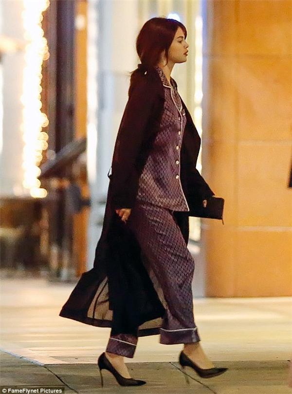 Kể từkhi tái xuất đến nay, street style của Selena luôn được nhận xét làsành điệu và đẹp mắt.