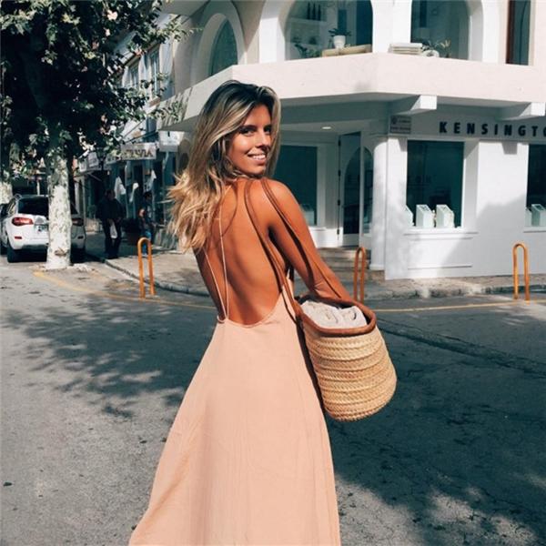 15 nữ blogger xinh đẹp và nóng bỏng nhất Instagram năm 2016