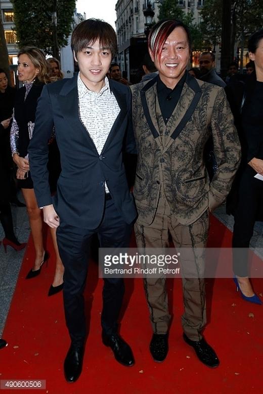 Nói về hai con trai của Stephen, hầu như không có mấy thông tin về họ, ngoại trừ một số hình ảnh có mặt cậu con trai Sean Hung chụp cùng bố...