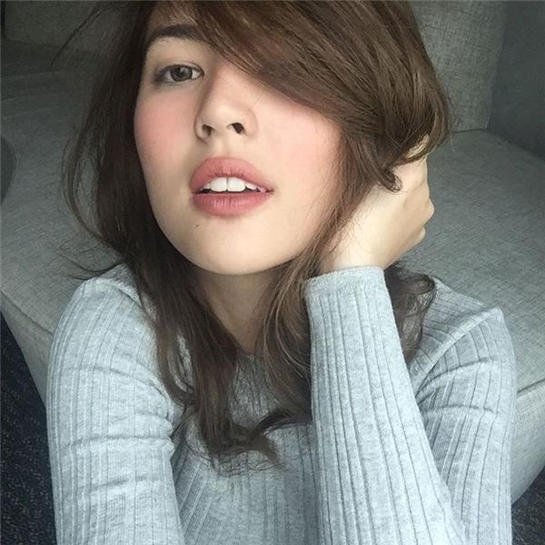 Cô gái xinh đẹp và quyến rũ đang gây bãocộng đồng Instagram. (Ảnh: Internet)