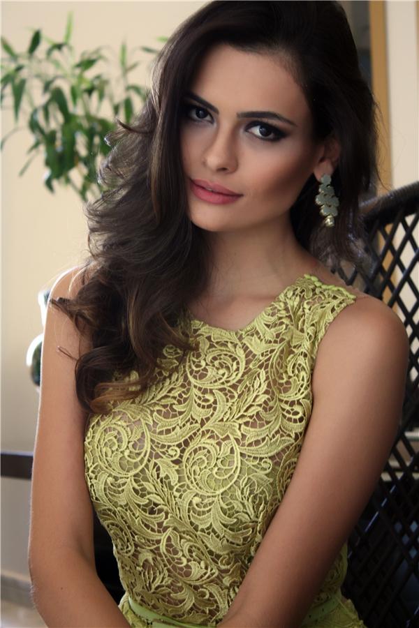 Người đẹp đại diện Brazil Beatrice Fontouratại Hoa hậu Thế giới 2016.
