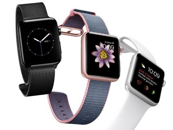 Mẫu Apple Watch 2 với dây thép không gỉ. (Ảnh: internet)