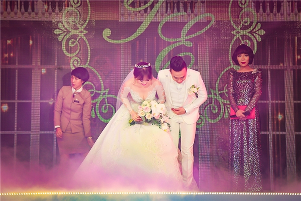 Nhìn lại những khoảnh khắc đáng nhớ trong đám cưới Trấn Thành - Tin sao Viet - Tin tuc sao Viet - Scandal sao Viet - Tin tuc cua Sao - Tin cua Sao