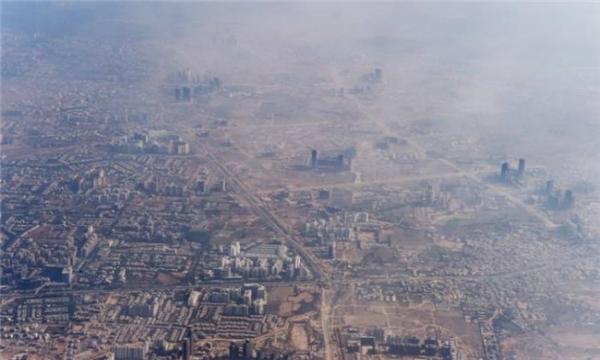 Thành phố New Delhi (Ấn Độ), một trong những thành phố chịu hậu quảnặng nề nhất của quốc gia ô nhiễm đứngthứ 2 thế giới (sau Trung Quốc) này. (Ảnh: Wittyfeed)
