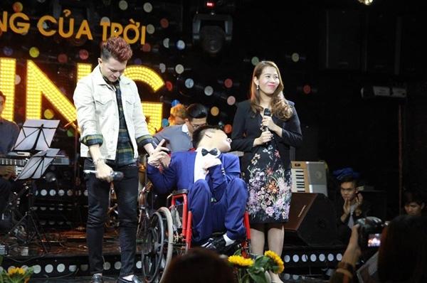 Nam Cường bật khóc khi gặp gỡ nhạc sĩ Vũ Quốc Hùng - Thiên Ngôn.