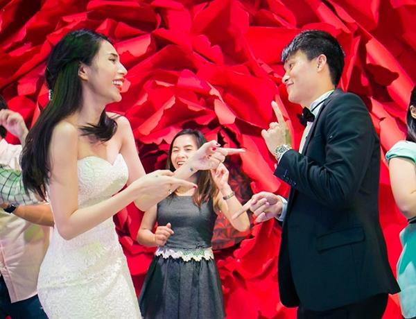 """Cặp vợ chồng sao Việt nào """"lầy"""" nhất trong đám cưới - Tin sao Viet - Tin tuc sao Viet - Scandal sao Viet - Tin tuc cua Sao - Tin cua Sao"""