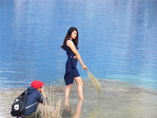 Về Hải Phòng mà ngắm hồ nước xanh đẹp tuyệt diệu này