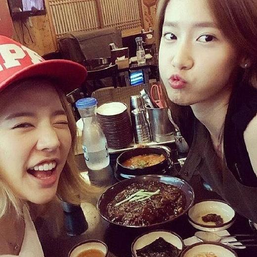 Yoona và Sunny: Tình bạn 10 năm đáng ngưỡng mộ trong showbiz Hàn