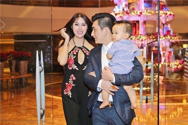 Hiện tại, Phi Thanh Vân gần như giải nghệ khỏi showbiz, cô tập trung cho công việc kinh doanh vàthỉnh thoảng tham gia một vài sự kiện của người quen. - Tin sao Viet - Tin tuc sao Viet - Scandal sao Viet - Tin tuc cua Sao - Tin cua Sao