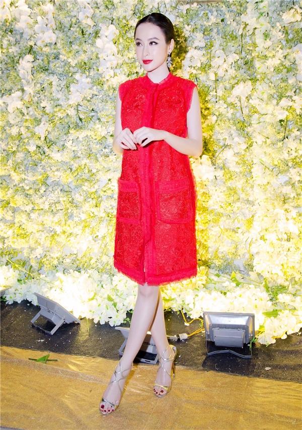 Angela Phương Trinh diện váy đỏ nổi bật. - Tin sao Viet - Tin tuc sao Viet - Scandal sao Viet - Tin tuc cua Sao - Tin cua Sao