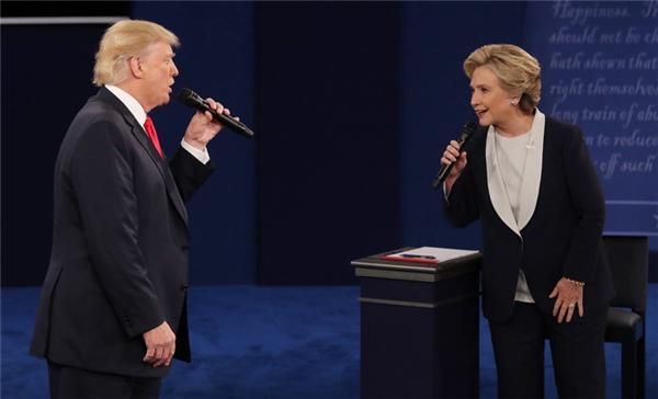 Trump và Clinton, có duyên ắt sẽ gặp lại.