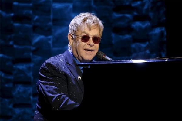 Elton Johncùng hàng loạt nghệ sĩ hạng A khác sẽ không tham dự.