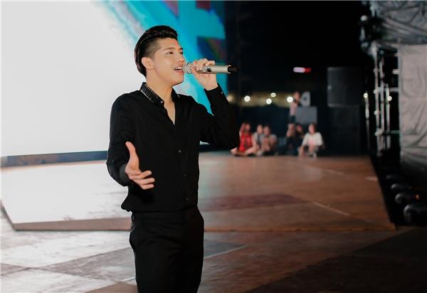 Được biết trong buổilễ trao giải của một giải thưởng đình đámsắp tới, Noo Phước Thịnh sẽ lần lượt thể hiện các bản hit như Cause I love you, Như phút ban đầu, Tôi là một ngôi sao... - Tin sao Viet - Tin tuc sao Viet - Scandal sao Viet - Tin tuc cua Sao - Tin cua Sao