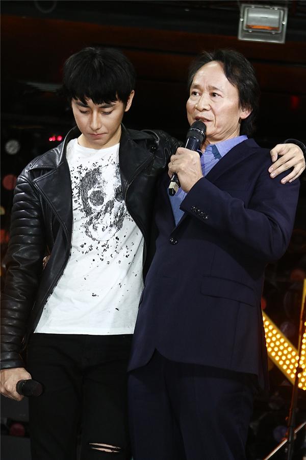 Rocker Nguyễn và bố